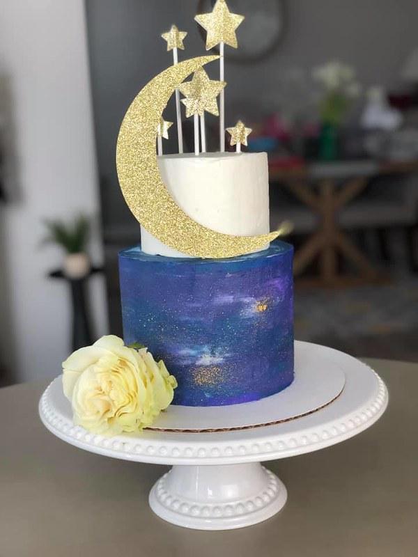 Cake by Makenzie Bakes
