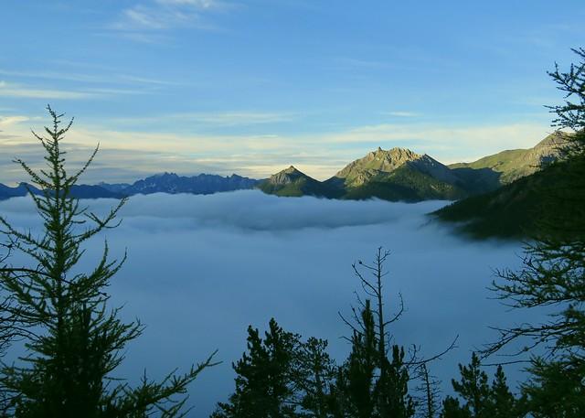 Mer de nuages au Sud du Col d'Izoard. ⛅
