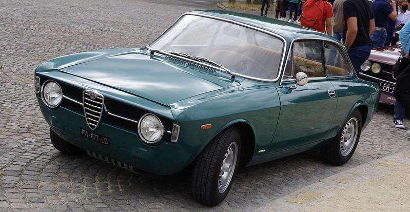 Alfa Romeo Sprint Gran Tourismo 1300 Junior Bertone ( Giorgetto Giugiaro ) -  51396456515_5c7165c953_c
