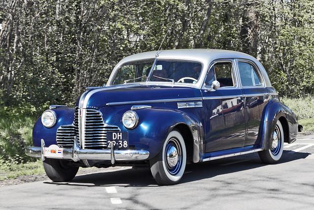 Buick Super Eight Sedan 1940 (2217)