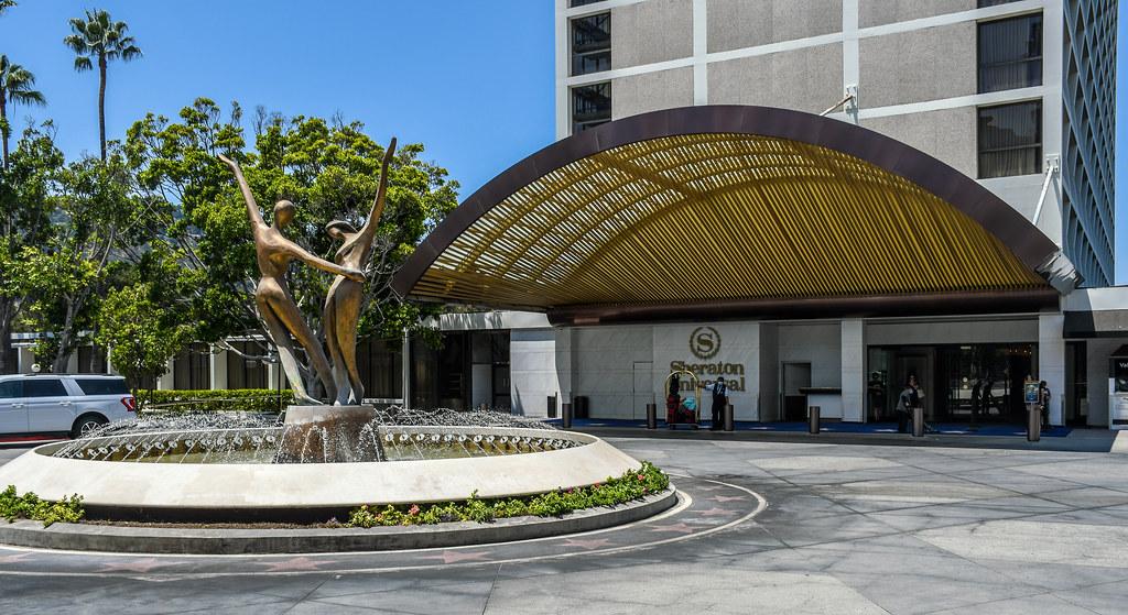 Sheraton Universal fountain