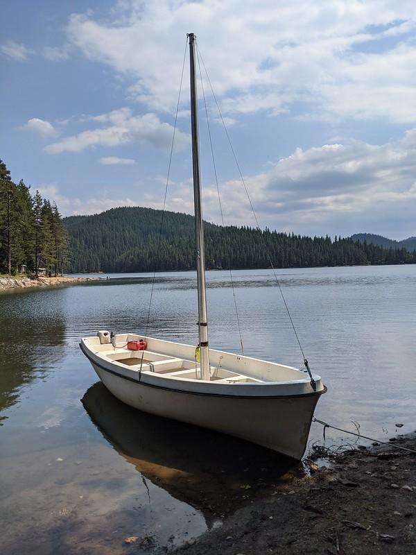 White sailing boat moored on the Beglik lake