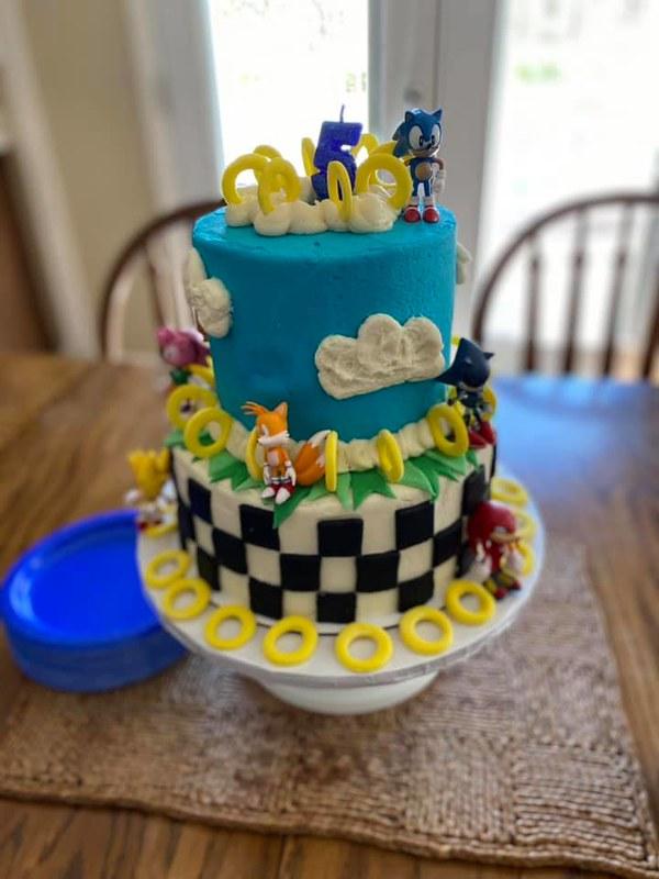 Cake by Sweets 'n Sprinkles