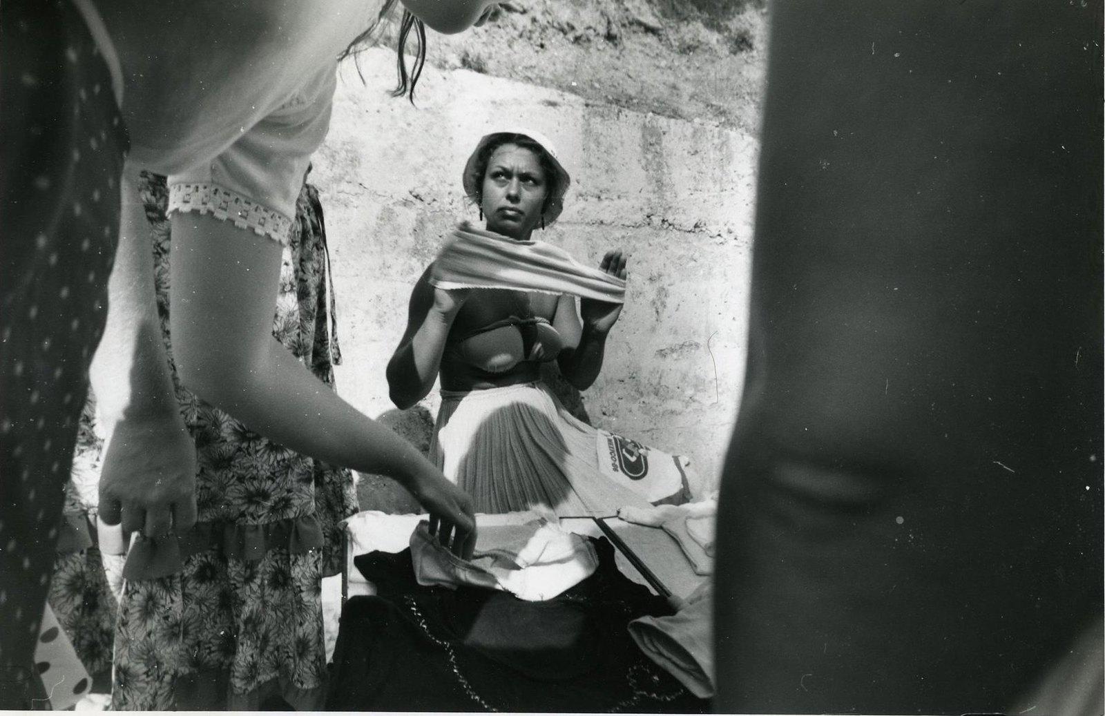 1985. Ялта. Продавщица белья. Из серии «Южный берег»