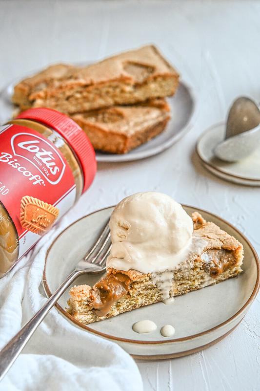 Biscoff Blondie with Burnt Butter Ice Cream