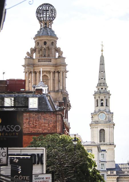 London Walk -around Covent Garden