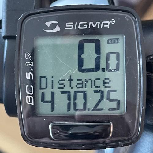Compteur de vélo indiquant 470 km