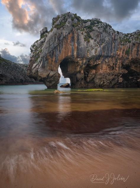 Cuevas del Mar (Explore)
