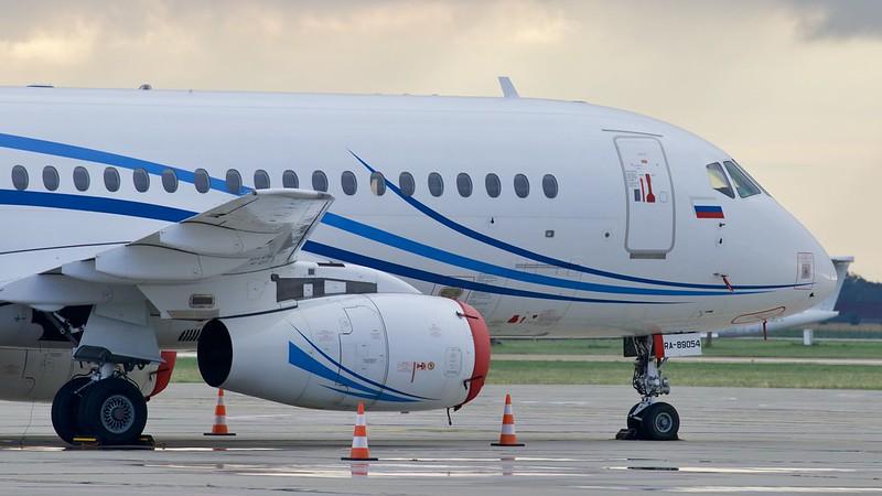 RA-89054 Sukhoi Superjet 100-95LR Gazpromavia