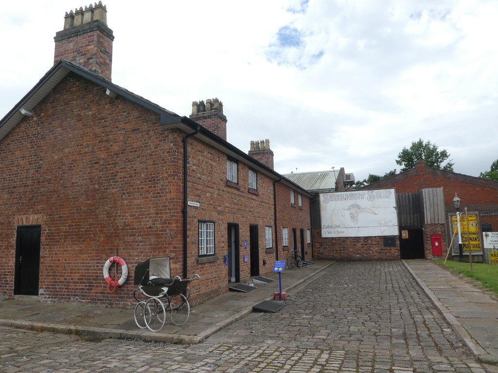 Porters Row Cottages, National Waterways Museum, Ellesmere Port