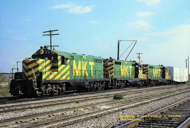 MKT 95-119-91, GP7, Pryor, OK. 9-12-1982