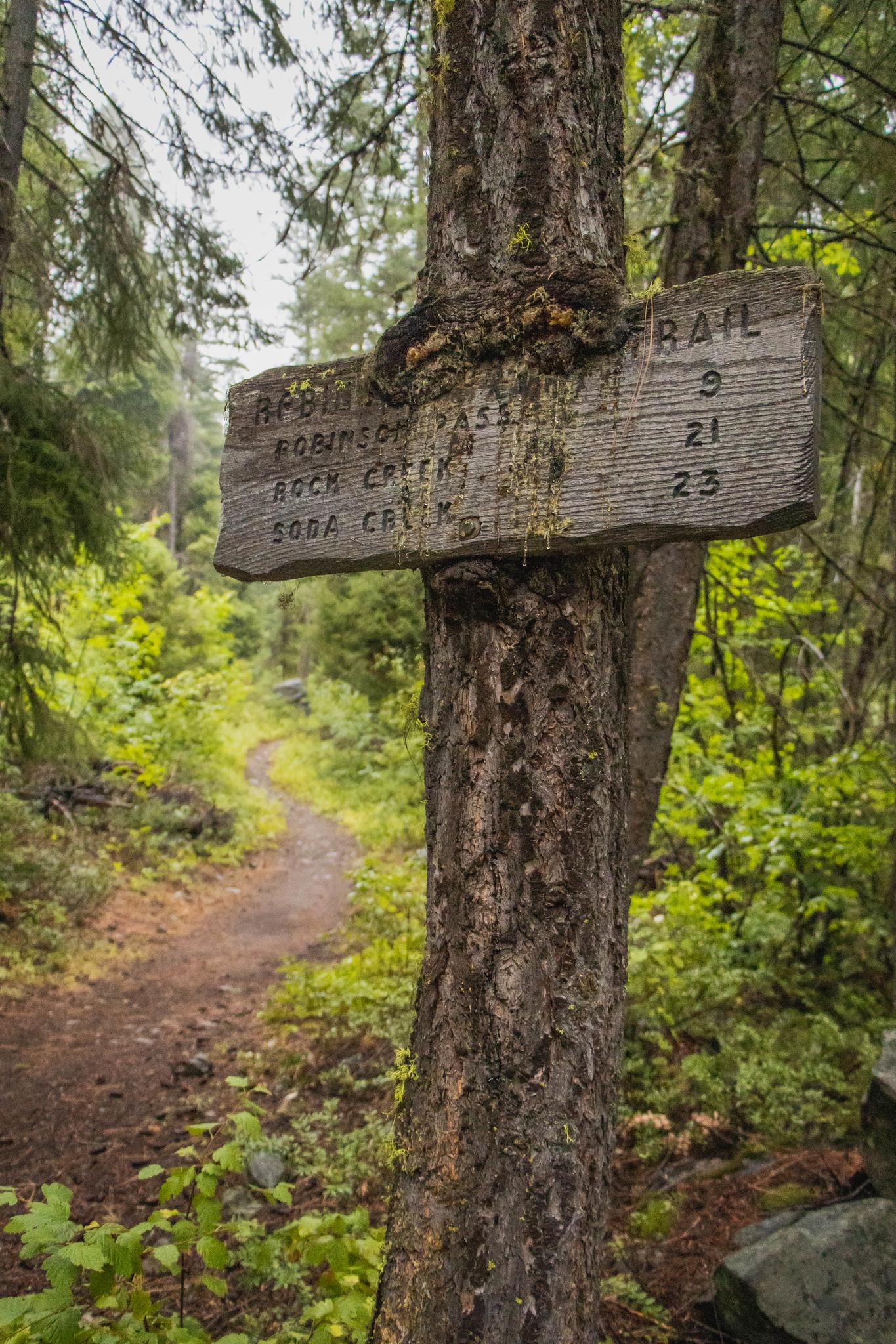 Robinson Creek Trail sign