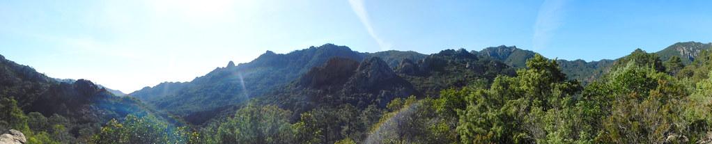 Panoramique de la vallée vers l'amont après la traversée du Poggi Alti (photo Olivier Hespel)