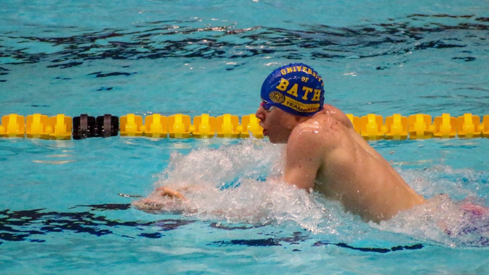Tom Dean swimming