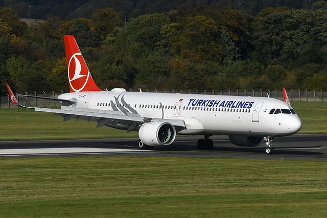 TC-LST Airbus A321-271NX EGPH 08-10-20