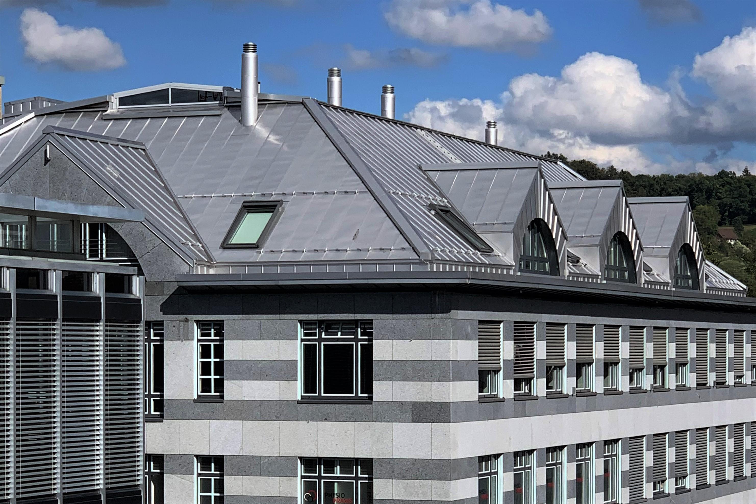 Winterthur ZH  -  Geschäftshaus