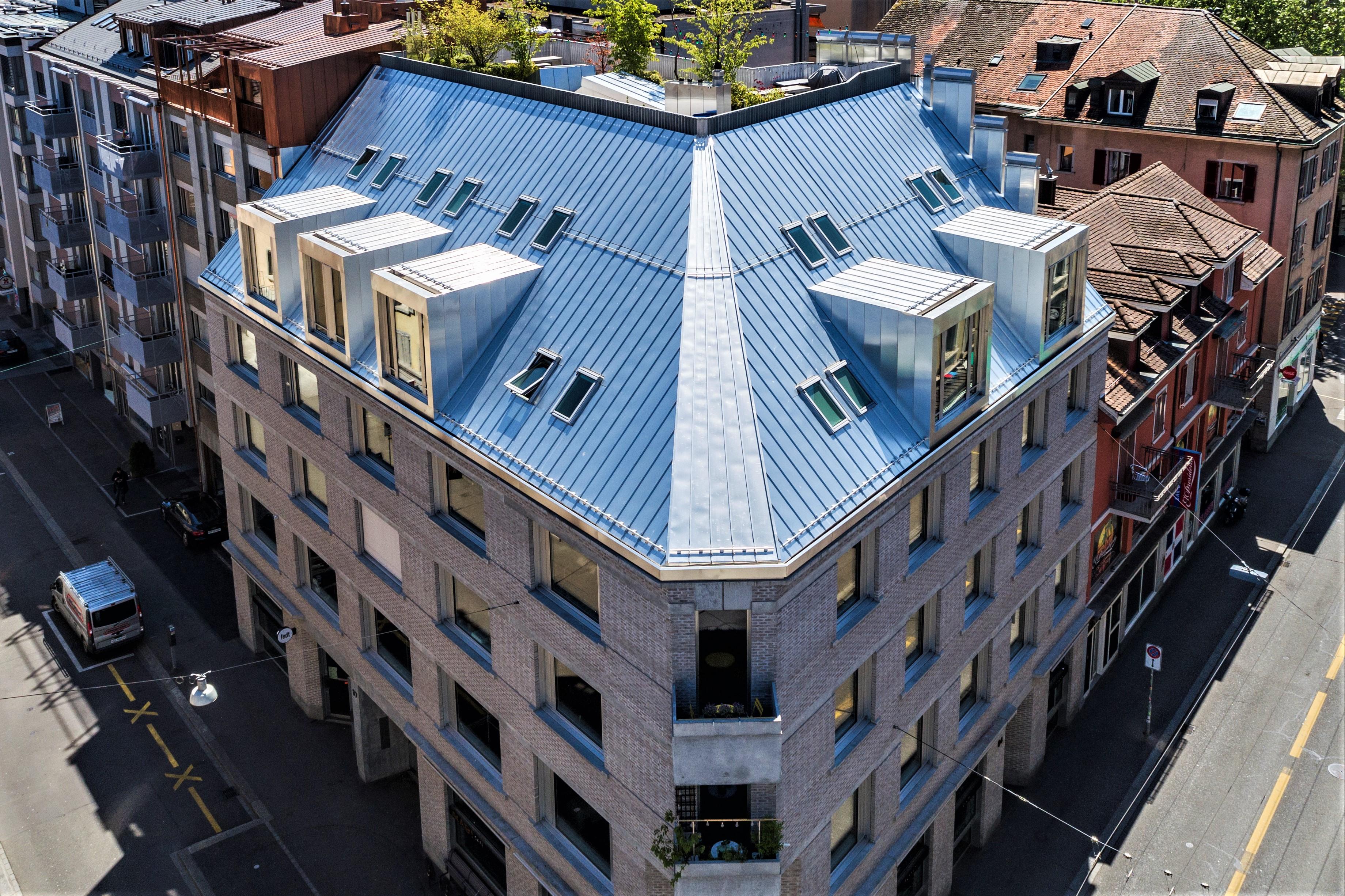 Zürich ZH  -  Geschäftshaus