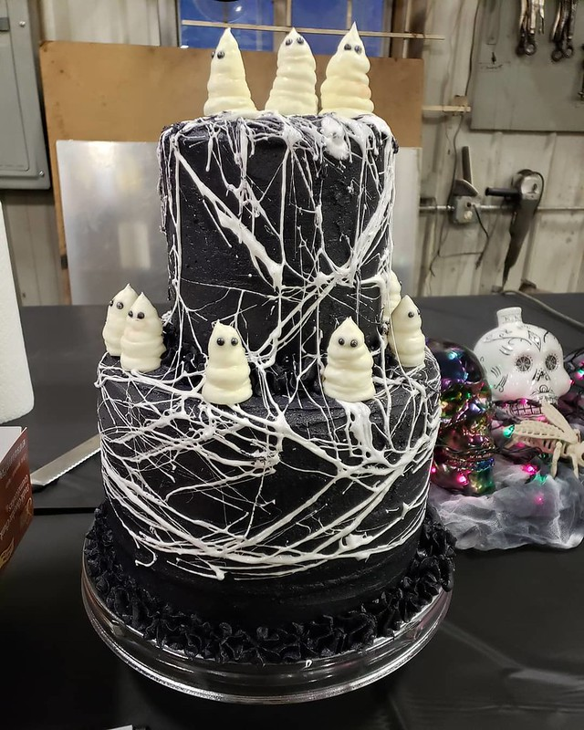 Cake by MiHaley's Cupcakes & More