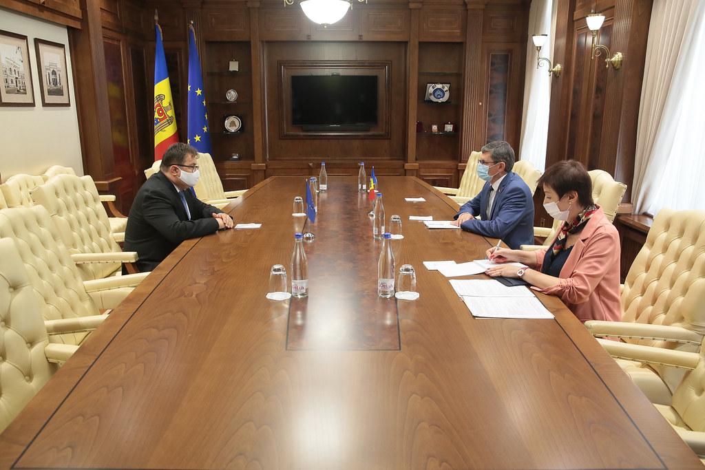25.08.2021 Întrevederea Președintelui Parlamentului RM, Igor Grosu, cu Șeful Delegației UE, Peter Michalko