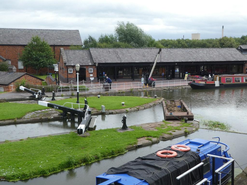 Visitor Centre & Cafe, National Waterways Museum Ellesmere Port