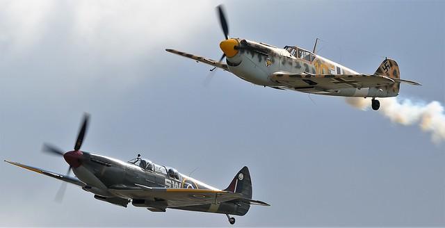 Supermarine Spitfire HF MkIX PT462 G-CTIX SW-A & Hispano HA-1112 M4L Buchon Yellow 10 G-AWHK