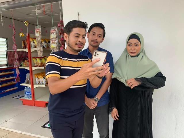 Loghat Melaka Dalam Muruku Ikan Masin Telemovie Khas Merdeka Di Rtm