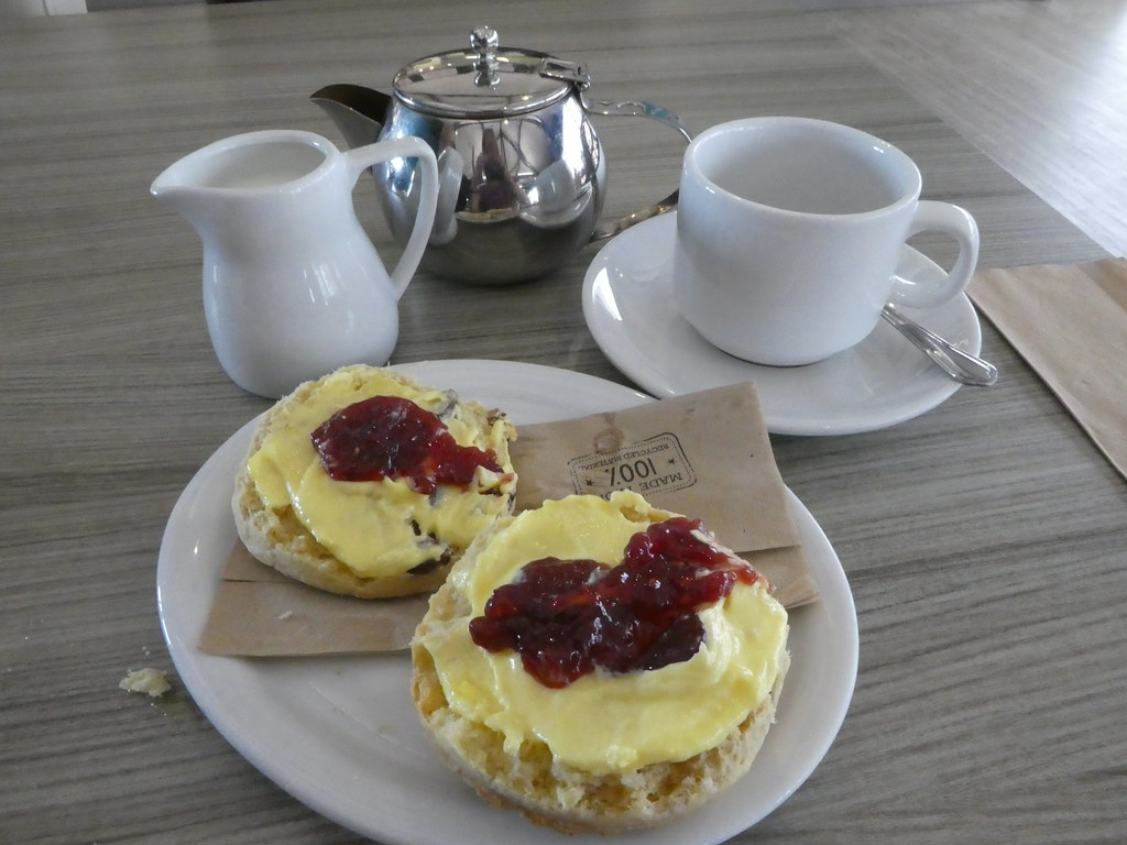 Cream Tea at the National Waterways Museum Cafe