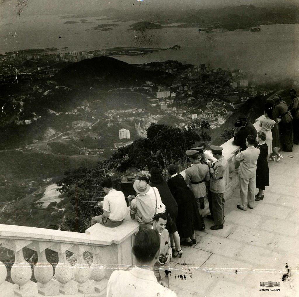 Morro do Corcovado, Rio de Janeiro, 1945