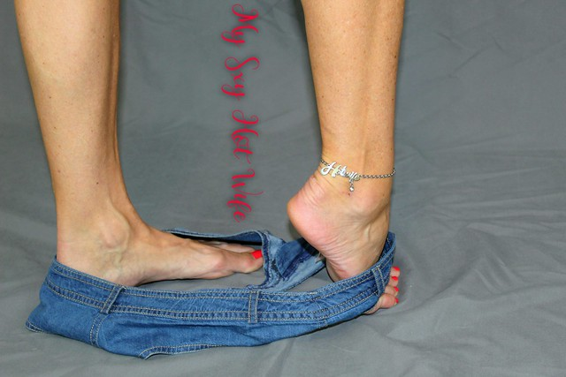 Sexy Bitch and Hotwife Anklet
