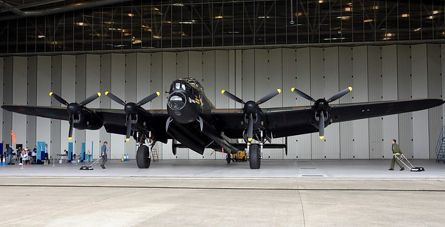 Lancaster Bomber BBMF PA474 City of Lincoln 460 RAF Squadron