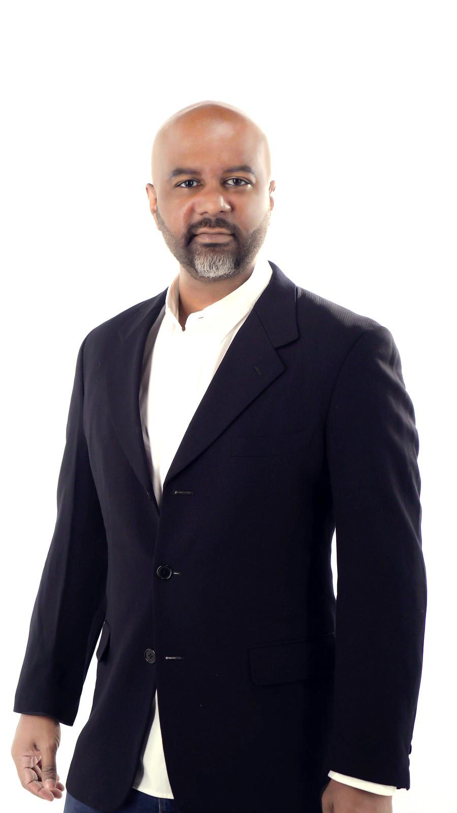 Feros Sayna Kini Jadi Ketua Rocketfuel Entertainment