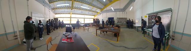 Alumnos de séptimo básico visitan los talleres de nuestro colegio por conmemoración en el día de la educación técnico profesional.