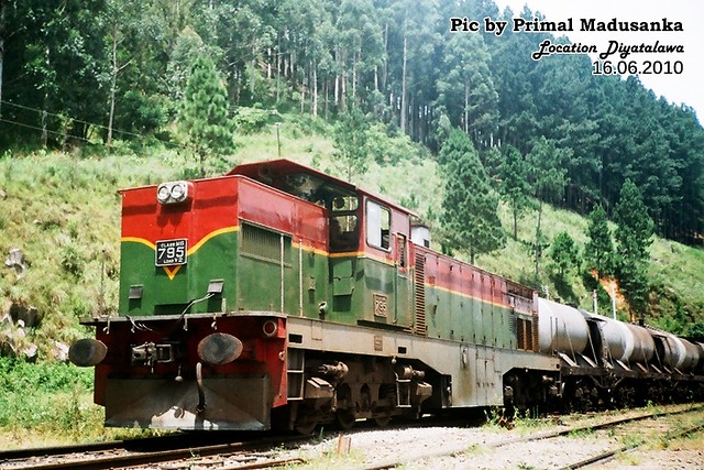 M6 795 on Oil train at Diyatalawa  in 16.06.2010