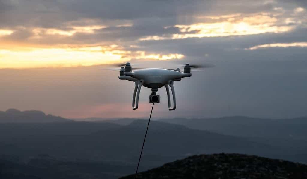 des-drones-ont-livré-des-défibrillateurs-à-des-patients