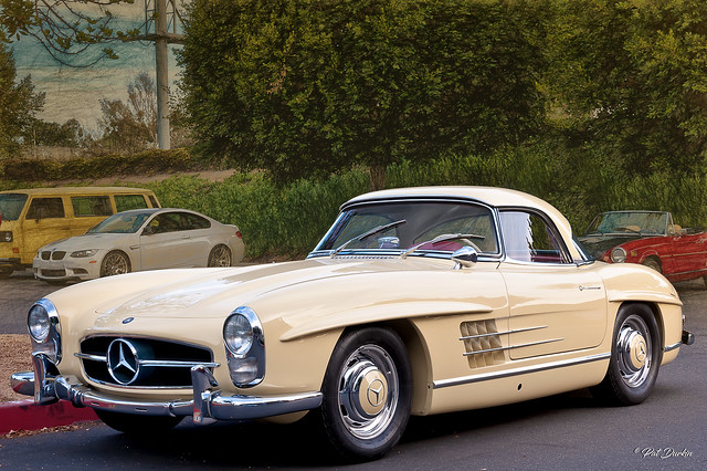 1963 Mercedes-Benz 300SL Roadster with removable hard top