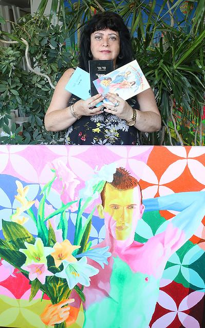 בסטודיו של רפי פרץ ענת אנגל משוררת ישראלית אמנית מודרנית  יוצרת עכשווית האמנית הישראלית המשוררת העכשווית היוצרת המודרנית anat angel