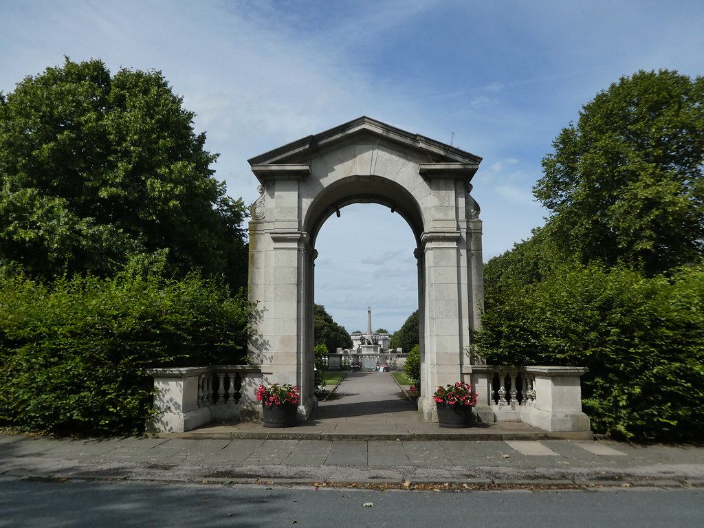 Stone Arch and Gardens, Port Sunlight