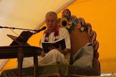 ЕМ Чайтанья Чандра Чаран Прабху, Вопросы мудрецов