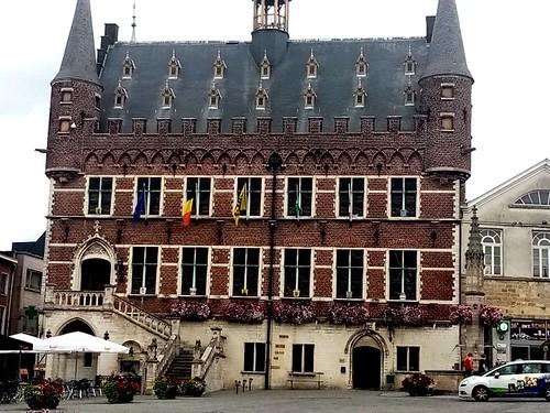 oudenarde city hall