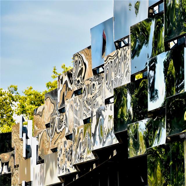 Urban reflexions
