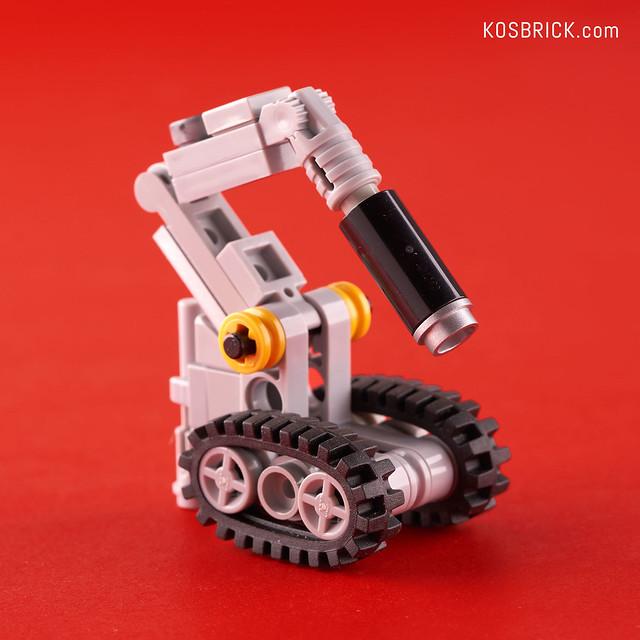 Lego Iron Man Fire Extinguisher Robot - Hall of Armor (Tutorial)