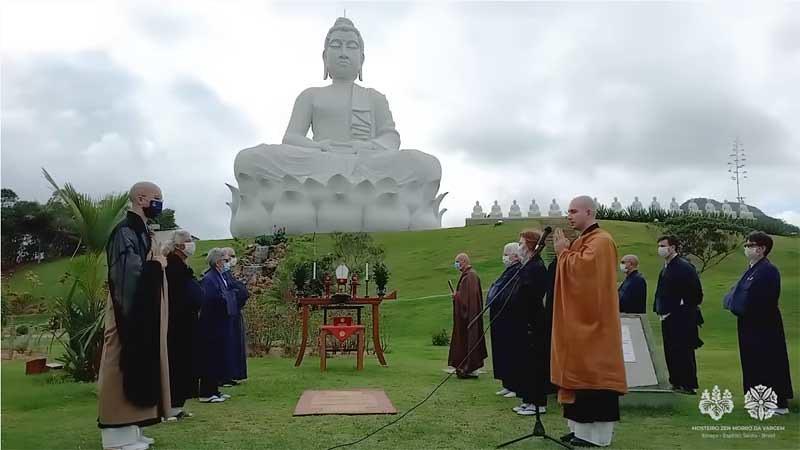 Rupaka Buddha Raksasa Pertama di Brasil Diresmikan