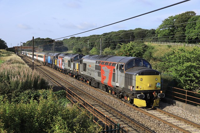 WCML Triple header 2 - 37510/800/47312 with 1Z30