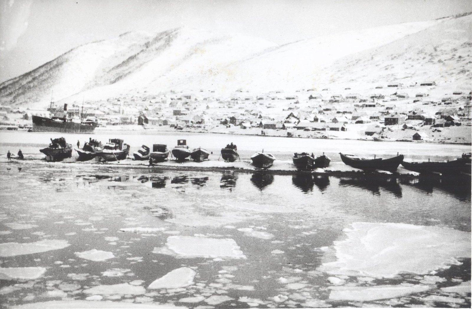 1934. Экспедиция по спасению челюскинцев (1)