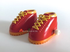 VINTAGE TOMY MACAO MINIATURE SPORT SHOES TO RAISE