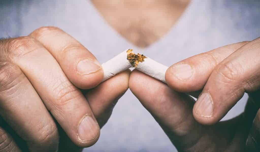 arrêt-du-tabac-après-une-crise-cardiaque-lié-à-une-meilleure-humeur
