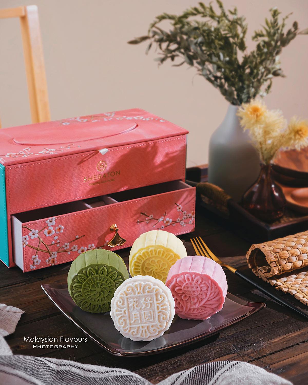 Sheraton-Petaling-Jaya-Hotel-mooncake-1