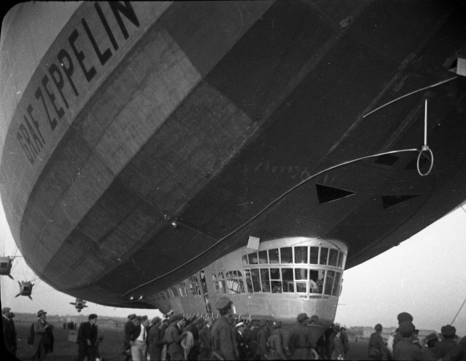 1930. Дирижабль «Graf Zeppelin». (1)