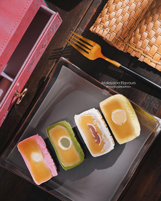 Sheraton-Petaling-Jaya-Hotel-mooncake-3
