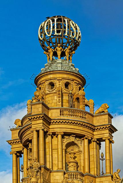 London - The Coliseum (St Martin Lane) Canon EOS 7D & EF 70-300mm f4-5.6 L Zoom